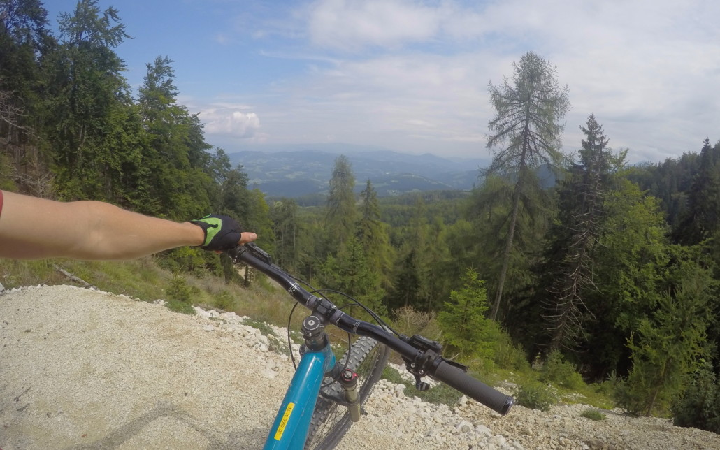 Downhill mountain biking Petzen Austria